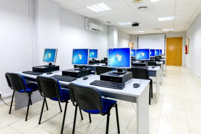 Ordenadores de las aulas en alquiler en Málaga
